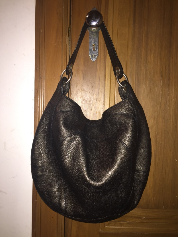 01f1b8b9e58c Here s a beautiful Banana Republic pebbled leather pewter bag that I  really